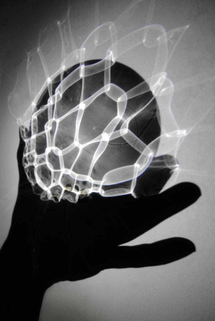 Holding_lightbeams_photoIiroAAhokas