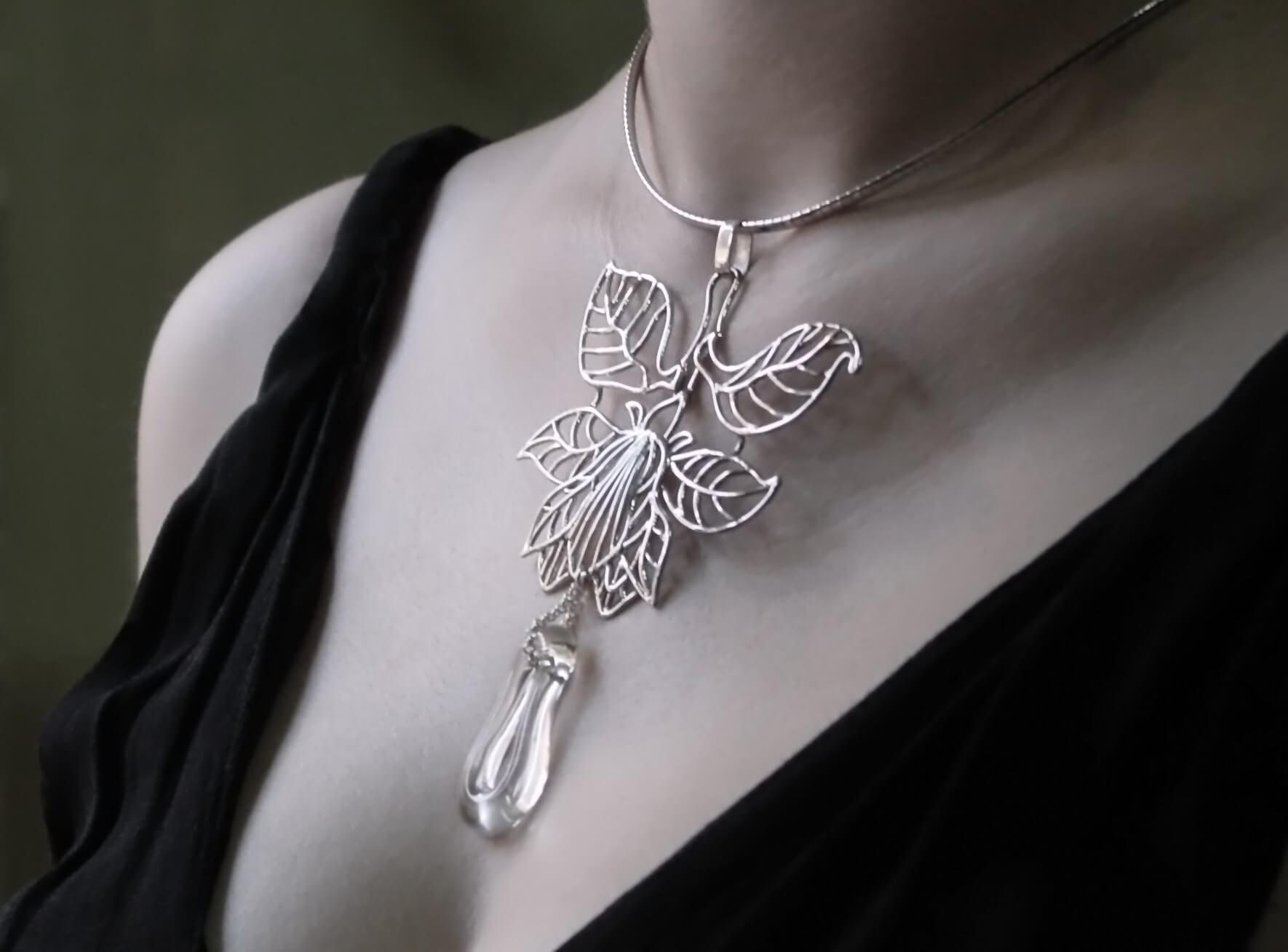 Magnolia-necklace2